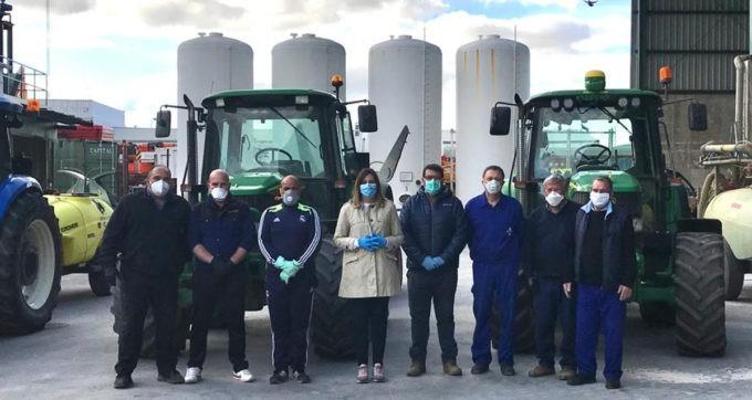 Manzanares agradece a los agricultores y entidades que colaboran en la desinfección