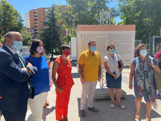 Inauguración de la muestra 'El Prado en las calles' en Puertollano