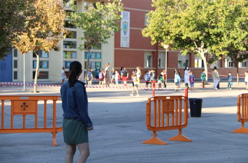 Normalidad en el escalonado inicio de curso en Manzanares
