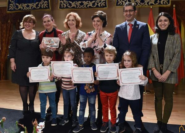 La Diputación convoca el concurso de redacción ilustrada para escolares sobre valores y derechos recogidos en la Constitución