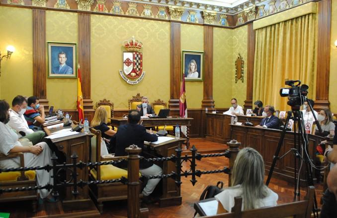 La adjudicación del Market Place de Valdepeñas se aprueba en Pleno por unanimidad