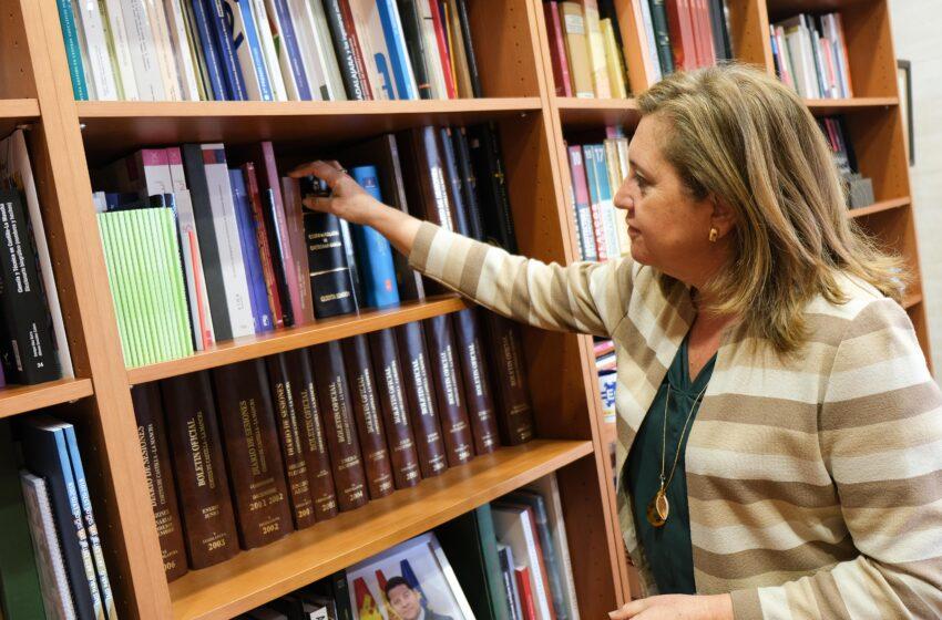Artículo de opinión: Ser dueños de miles de libros