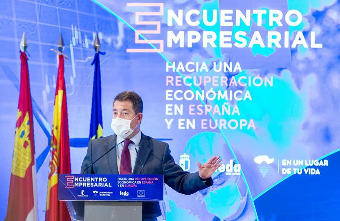 García-Page mantiene una reunión con RECAMDER y clausura el foro ´Hacia una recuperación económica en Europa y en España´ con el tejido empresarial de la provincia de Guadalajara