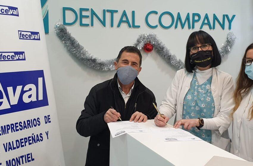 FECEVAL firma un convenio de colaboración con Dental Company
