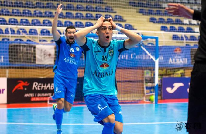 El Viña Albali Valdepeñas y Palma Futsal se repartían los puntos en el pabellón del complejo deportivo Virgen de la Cabeza (0-0)