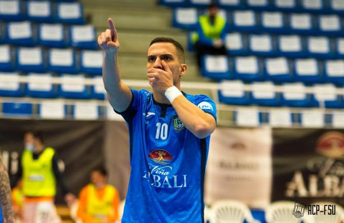El Viña Albali Valdepeñas logra la victoria frente a Ribera Navarra (4-2)