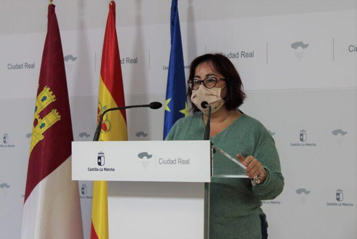 Manuela Nieto-Márquez