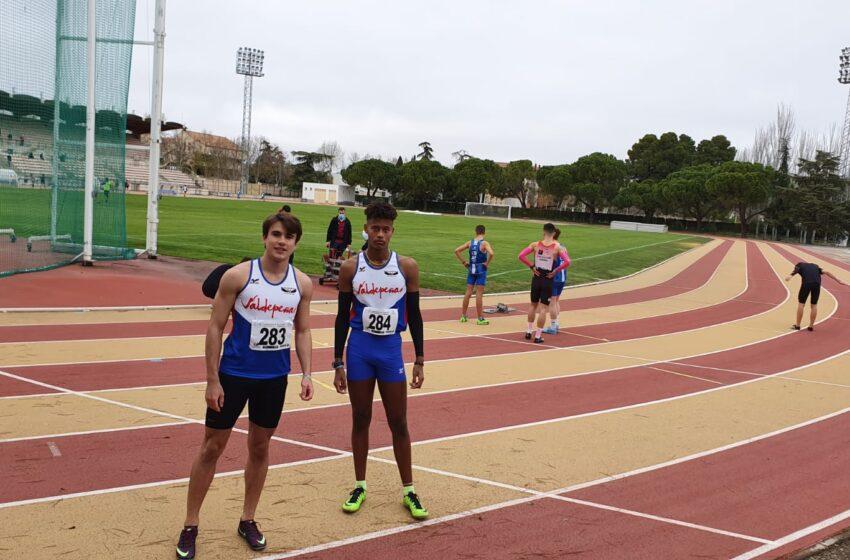 Trece atletas del Valdepeñas Athletics Club participaron en el control de marcas que se celebró en Ciudad Real este domingo