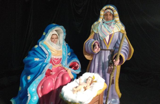 Postales de Navidad personalizadas, el nuevo atractivo navideño que ofrece Valdepeñas