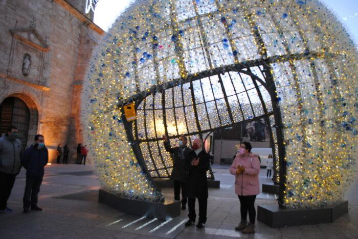 La iluminación que da la bienvenida a la Navidad en Valdepeñas