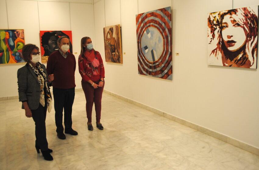 La Confianza acoge el color del confinamiento con la exposición de Pintores D'Artes