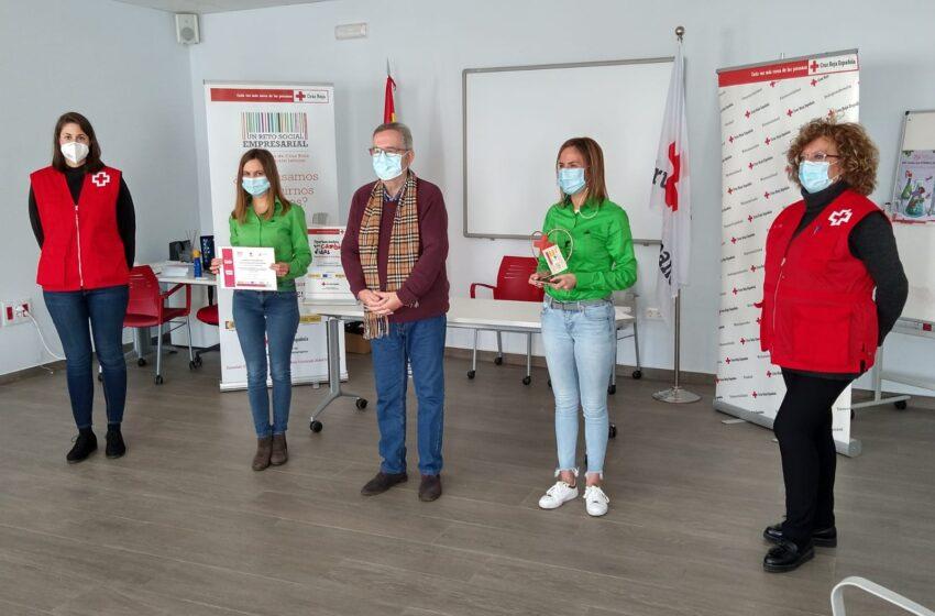 El 'Reto social empresarial' de Cruz Roja reconoce a la empresa Leroy Merlin  de Valdepeñas