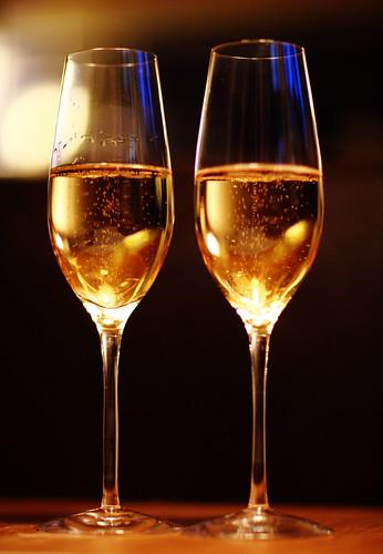 Brinda con vino espumoso de la D.O. Valdepeñas
