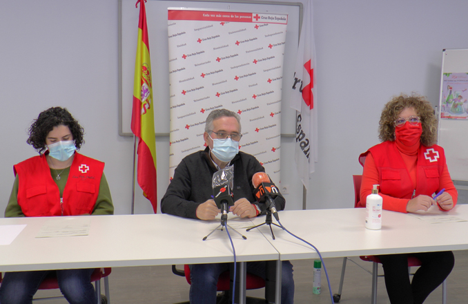 Cruz Roja Valdepeñas recoge 2.500 kilos de alimentos y unos 1.200 juguetes en sus campañas