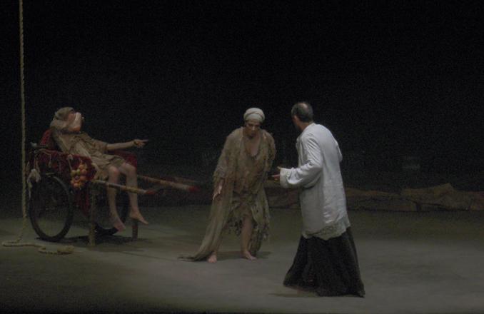 El Teatro-Auditorio «Francisco Nieva» acogió «Divinas Palabras», de Valle-Inclán