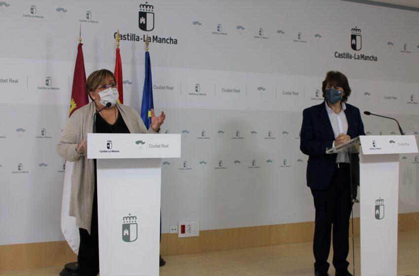 Carmen Olmedo y Agustín Espinosa presentan en Ciudad Real las 3 convocatorias aprobadas por el Ejecutivo regional relativas al programa de Recualificación profesional, Garantía +52