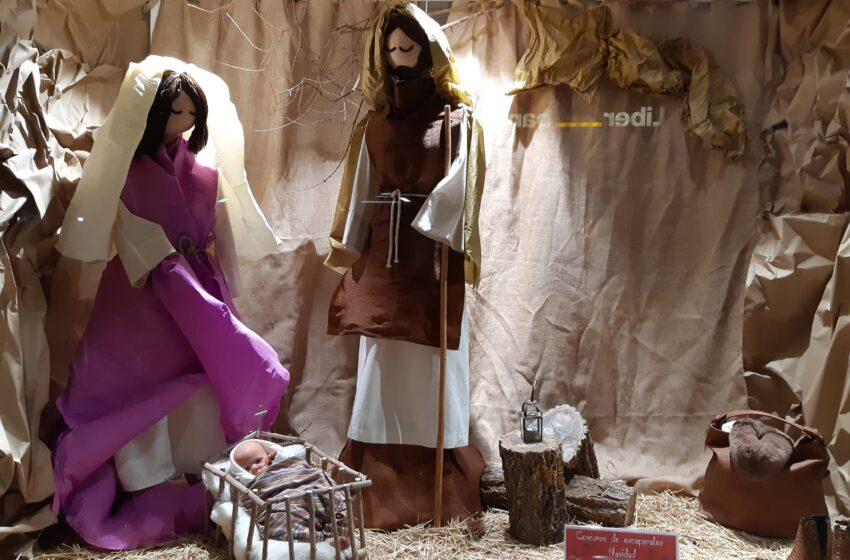 Hiedra, Siles Km. 13 y Mercería Ana Rosa ganan el concurso de escaparates navideños en Manzanares