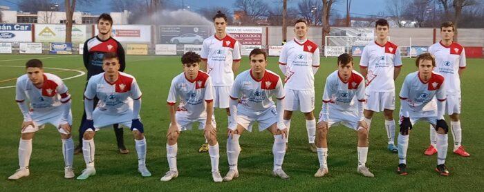 Sporting de Alcázar C.F.-3 / C.D. Valdepeñas-1: Derrota que suena repetida
