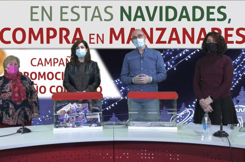 La campaña navideña de apoyo al pequeño comercio de Manzanares reparte más de treinta regalos