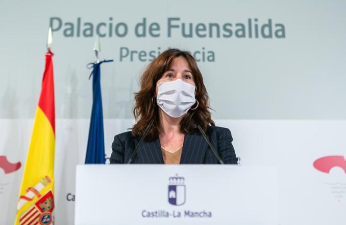 Castilla-La Mancha habrá vacunado contra la COVID a más de 20.000 profesionales de la Sanidad a finales de esta semana