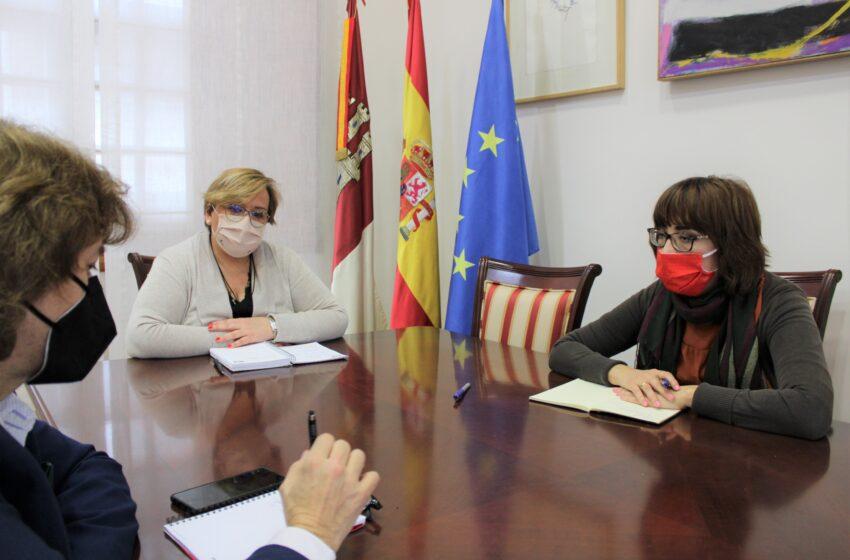 Carmen Olmedo se reúne con la nueva secretaria general de UGT