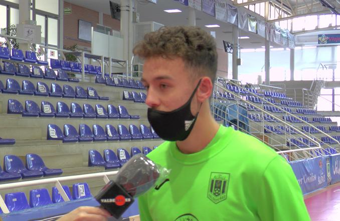 Víctor Campillo: «Me siento muy a gusto con el primer equipo, me han dado mucha confianza todos los jugadores»