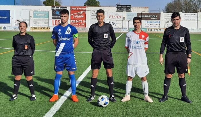 Trio arbitral y capitanes