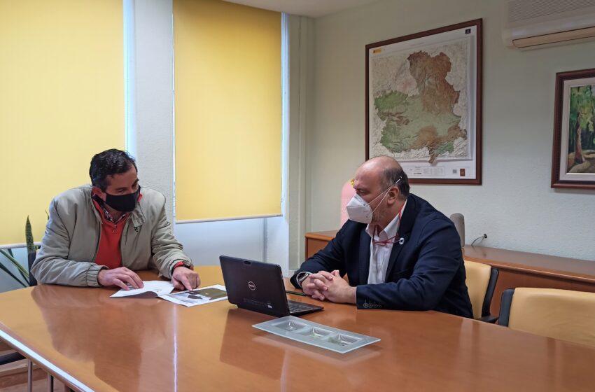 Alcoba de los Montes presenta al Gobierno regional el proyecto de observatorio astronómico con objetivos educativo y turístico