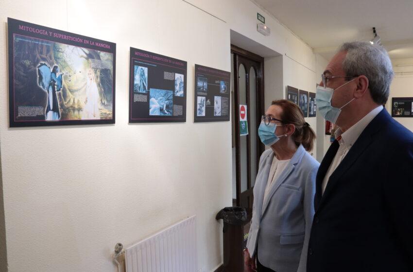 Una exposición repasa los mitos y leyendas de la tradición oral castellano-manchega en Manzanares