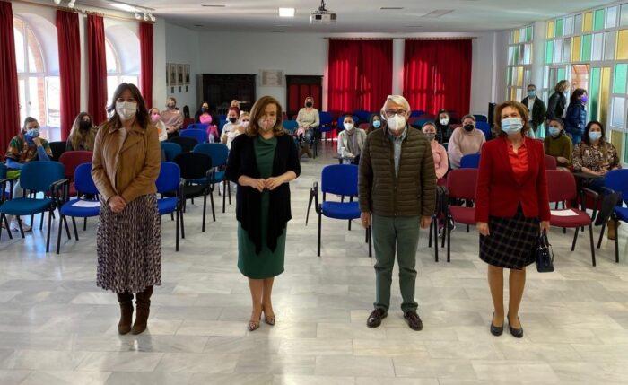 Inauguración de la jornada de Cruz Roja Puentes hacia el empleo itinerarios por la igualdad