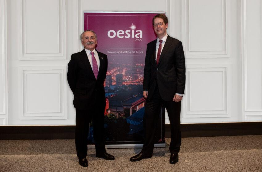 Grupo Oesía e IESE Business School firman un acuerdo para impulsar el desarrollo de competencias directivas en el ámbito tecnológico