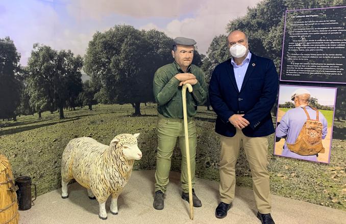 El Gobierno de Castilla-La Mancha estudia con Cabezarrubias del Puerto la situación del parque natural del Valle de Alcudia y Sierra Madrona