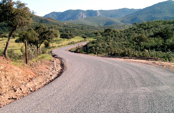 La Junta de Gobierno de la Diputación aprueba actuaciones en carreteras por 3'5 millones de euros