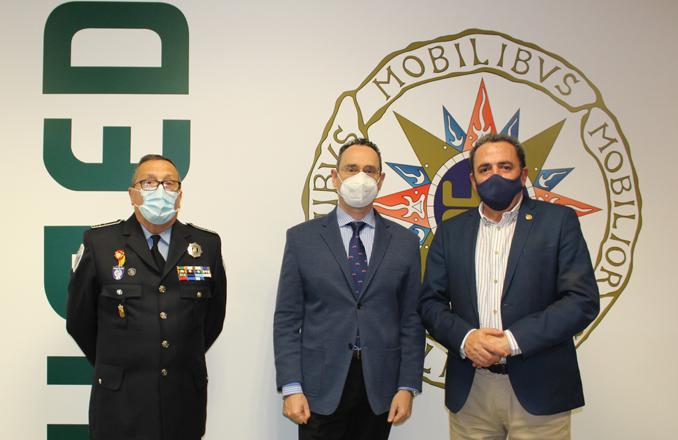 El Coronel Pedro Baños ha intervenido en el Curso de Experto en Seguridad y Defensa de la UNED: «la Guerra híbrida es una forma de guerra entre potencias»