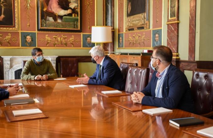 La Diputación incrementará su colaboración en la promoción del queso manchego