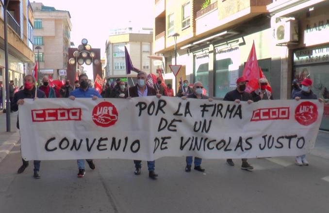 Los sindicatos CCOO y UGT inician la marcha sindical por el convenio de Vinícolas