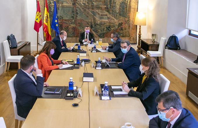 """García-Page lanza un mensaje de estabilidad institucional sobre Castilla-La Mancha, """"aquí hay rumbo y solidez para afrontar la crisis sanitaria y la recuperación económica"""""""