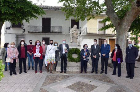 El presidente de la Diputación asiste al homenaje en torno a Cervantes y participa en la lectura de 'El Quijote' en Argamasilla de Alba