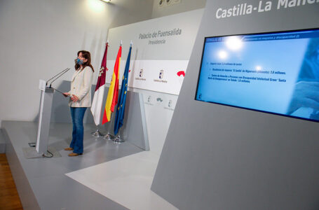 La consejera de Igualdad y portavoz del Gobierno regional, Blanca Fernández. (Fotos: A. Pérez Herrera // JCCM)