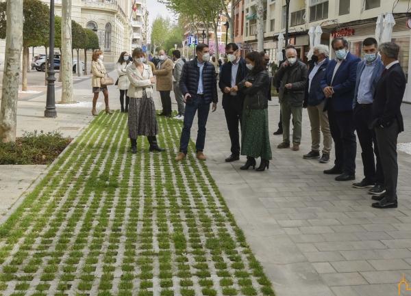 """Caballero define como """"espectacular"""" el resultado de las obras de peatonalización del centro de Ciudad Real"""