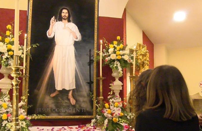 Bendecida la nueva imagen Divina Misericordia de la parroquia del Cristo de la Misericordia