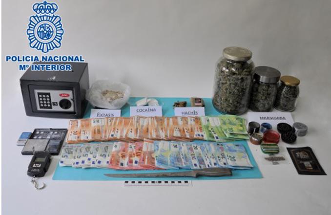 La Policía Nacional desmantela un importante punto de venta de cocaína, marihuana, hachís y éxtasis en Puertollano