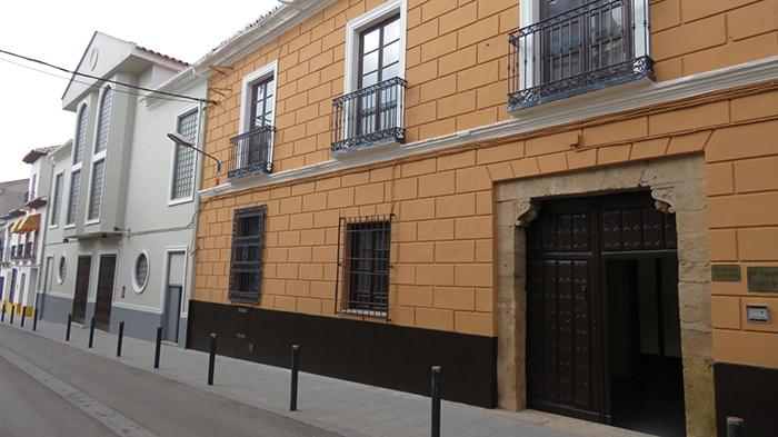Manzanares sustituirá la cubierta y la climatización de la Casa de Cultura