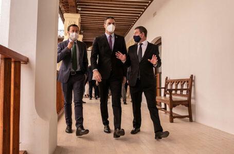 El presidente de Castilla-La Mancha junto al presidente del Gobierno central