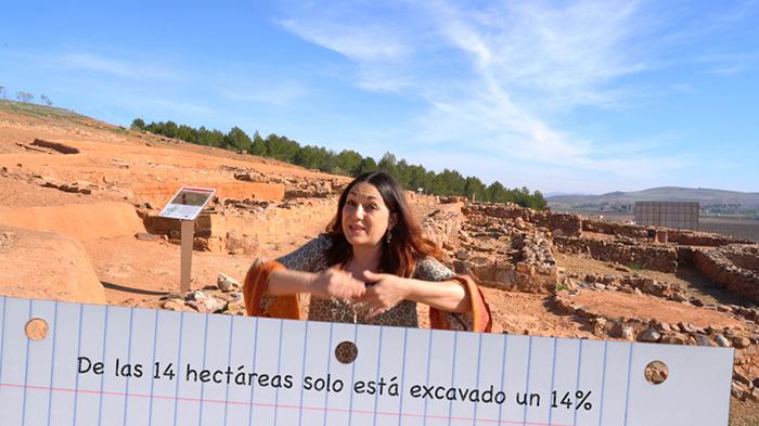 Valdepeñas lleva a las aulas la historia del yacimiento íbero Cerro de las Cabezas