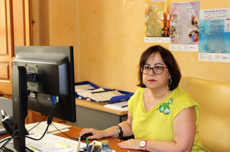La delegada de la Consejería de Igualdad en Ciudad Real, Manuela Nieto-Márquez
