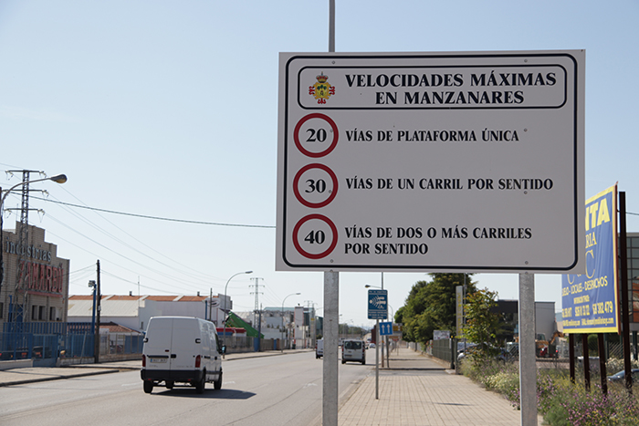 Los nuevos límites de velocidad en Manzanares entran en vigor el 11 de mayo