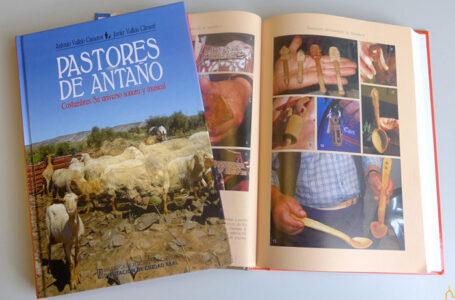"""Libro """"Pastores de antaño. Costumbres. Su universo sonoro y musical"""""""