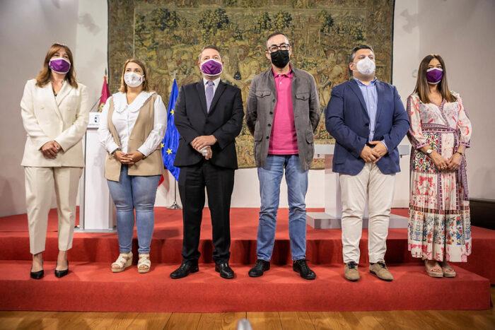 Rubricado hoy el Plan Corresponsables en el Palacio de Fuensalida entre el Gobierno regional, los sindicatos y la FEMP-CLM