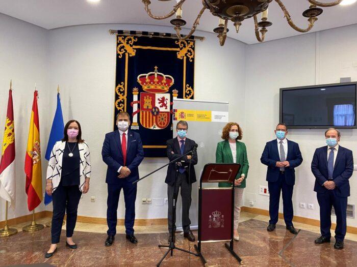 Alipio García se reúne con el secretario de Estado de Telecomunicaciones, Roberto Sánchez